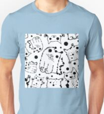 Funny ink splashes cats seamless background. T-Shirt