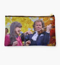 """Admiration of an Idol"" Studio Pouch"