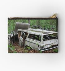 July Old Motor Car Studio Pouch