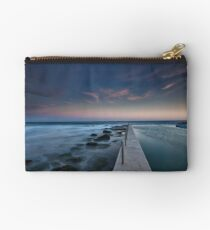 South Curl Curl Rock Pool Studio Pouch