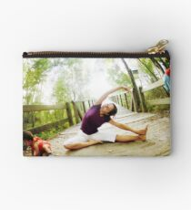Yoga in the nature with kids Studio Pouch