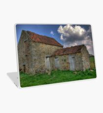 Old Barn - Lastingham Laptop Skin