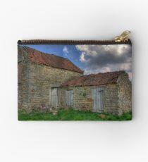 Old Barn - Lastingham Studio Pouch