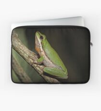 Frog on Branch Laptop Sleeve