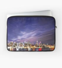 Manhattan Skyline: NYC Laptop Sleeve