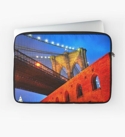Brooklyn Bridge: NYC Laptop Sleeve
