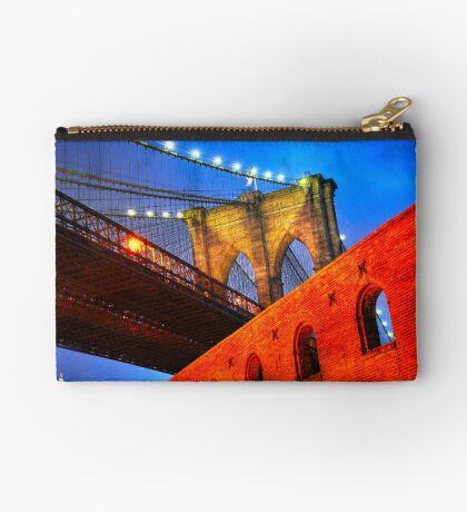 Brooklyn Bridge: NYC Studio Pouch