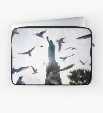 Statue of Liberty with Birds: NYC Laptop Sleeve