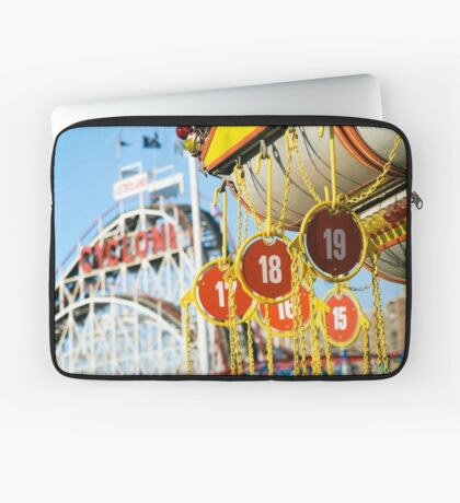 Coney Island Astroland and Cyclone: Brooklyn, NYC Laptop Sleeve