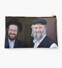 Shalom (שָׁלוֹם) .  Shalom Aleichem ! : שלום־עליכם sholem aleykhem !Harcikn Dank ! A dank ojch zejer!   by Doktor Faustus ♥ .. Studio Pouch