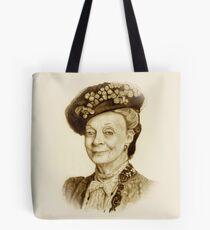 Downton Abbey, Maggie Smith Bleistift Porträt, Sepia, Witwe Gräfin Tote Bag