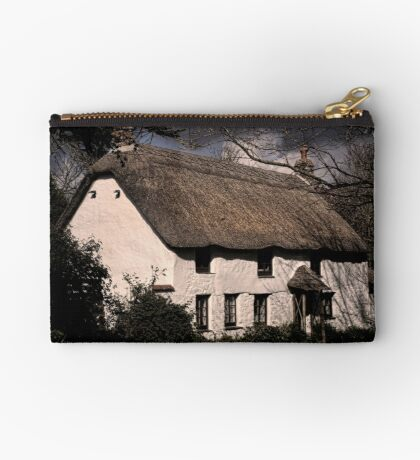 Thatched Cottage Zipper Pouch