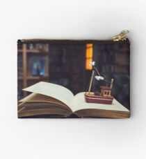 Stories from the sea... Studio Pouch