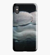Manta en la oscuridad iPhone Case/Skin