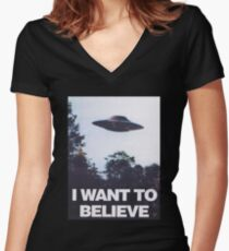 The X-Files I Want To Believe Women's Fitted V-Neck T-Shirt