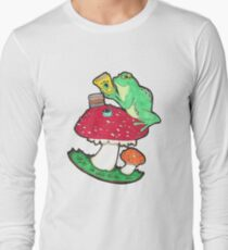 Bookish Frog in color T-Shirt