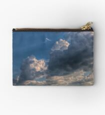 Cumulus clouds with rays of sun Studio Pouch