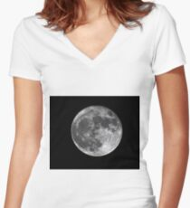 Supermoon Women's Fitted V-Neck T-Shirt