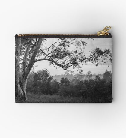 The old gum tree Studio Pouch