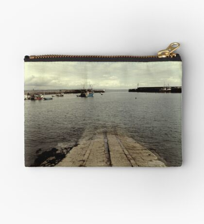 Station View Zipper Pouch