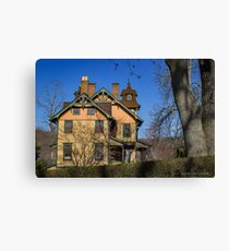 Old House In Main Street Historic District | Cold Spring Harbor, New York Canvas Print
