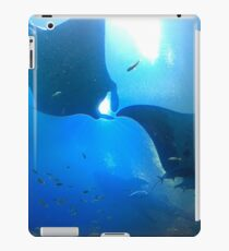 A pair of rays (manta rays) iPad Case/Skin