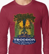 Retro Troodon in the Rushes (dark-colored shirt) Long Sleeve T-Shirt