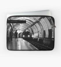 London - The Piccadilly Line, Earl's Court Laptop Sleeve