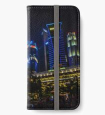 The place where the lions spurt water iPhone Wallet