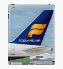 Icelandair Airlines Boeing 757 tail livery iPad Case/Skin