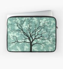 TREE ON DESIGN PAPER Laptop Sleeve