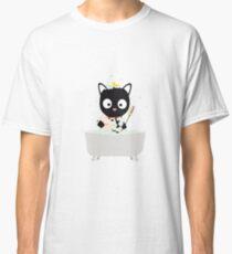 Bathing Cat in a bathtub Classic T-Shirt