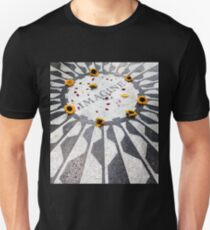Imagine - John Lennon - New York Unisex T-Shirt