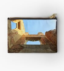 Roofless Building Studio Pouch