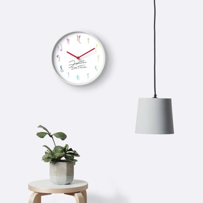 Minimalist Colour Clock by HoremWeb