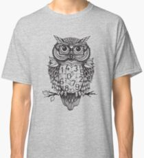 Owl sketch with numbers, glasses Classic T-Shirt