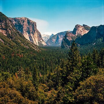Yosemite Valley by DanielRegner