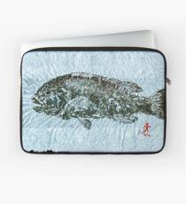 Gyotaku Tautog on Rice Paper w Black Border Laptop Sleeve