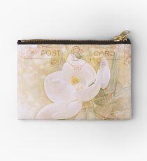 Magnolia grandiflora Studio Pouch