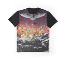 THE BAT Graphic T-Shirt