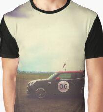 06 Graphic T-Shirt