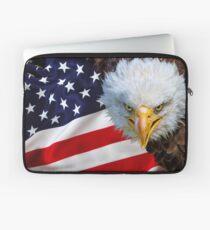 American bald eagle on american flag Laptop Sleeve