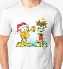 GARFIELD CHRISTMAS 3 Unisex T-Shirt