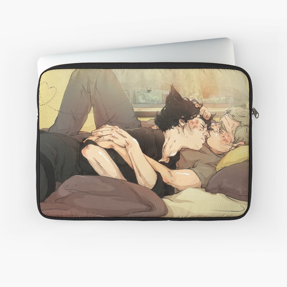 BBC Sherlock: Catlock Cuddles Laptop Sleeve Front