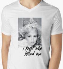 I KNOW WHO KILLED ME - JON BENET RAMESY  Men's V-Neck T-Shirt