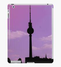 Berlin Skyline iPad-Hülle & Klebefolie