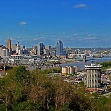 Cincinnati & Northern Kentucky Skyline by rachfaceburrdog