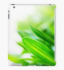 Close up green leaf texture iPad Case/Skin