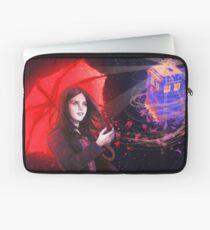Clara - Tardis in the Wind Laptop Sleeve