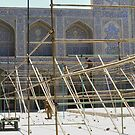 Masjed-e Shah restoration - scaffold construction by Marjolein Katsma